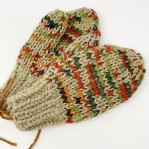 New Hand Made Youth Mittens